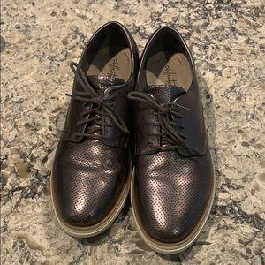 Clarks 9.5 Metallic Oxford wedge heel